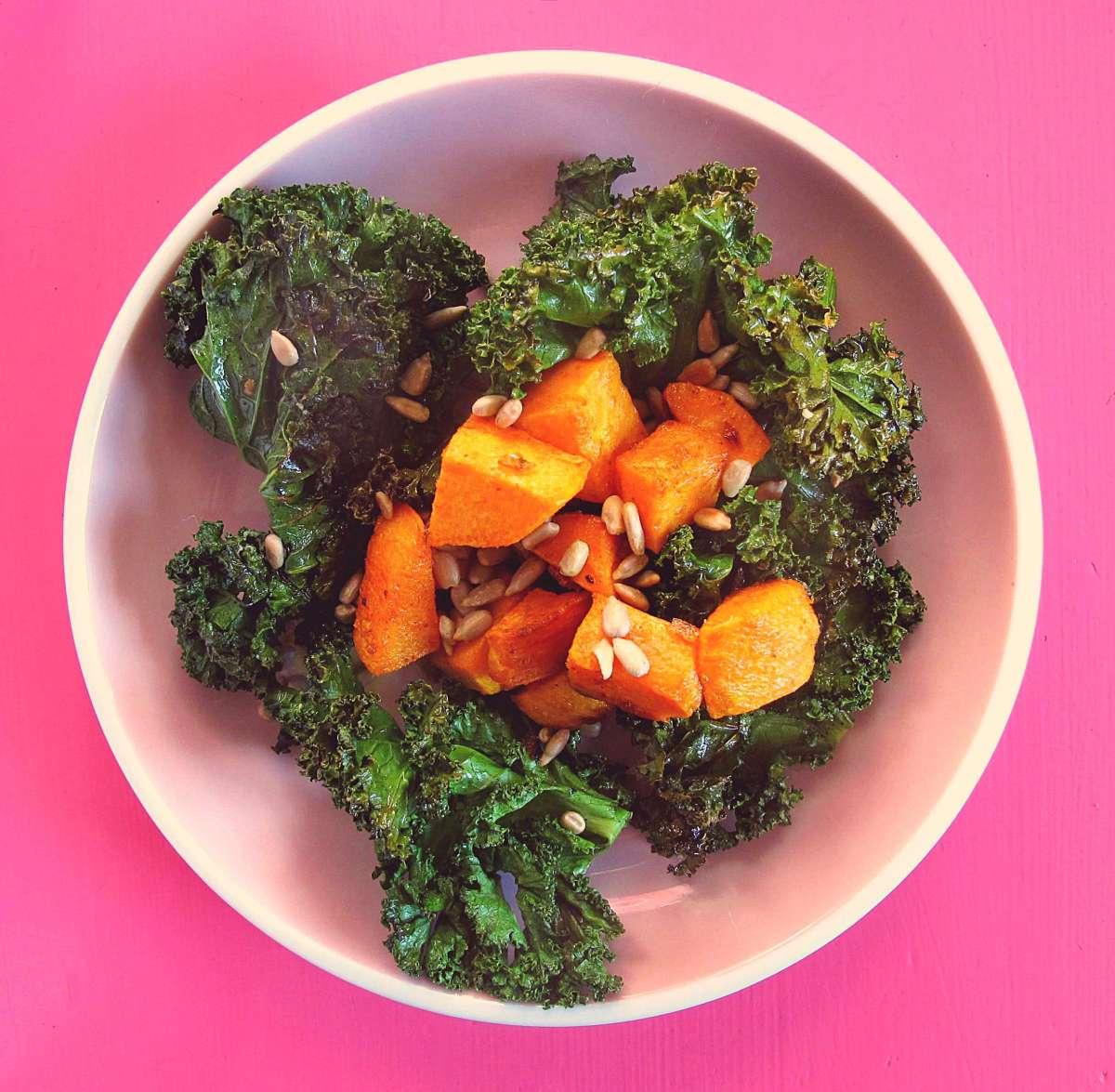 kale-salat kale-salad ayurveda-salat glowbowl copyright by julia wunderlich