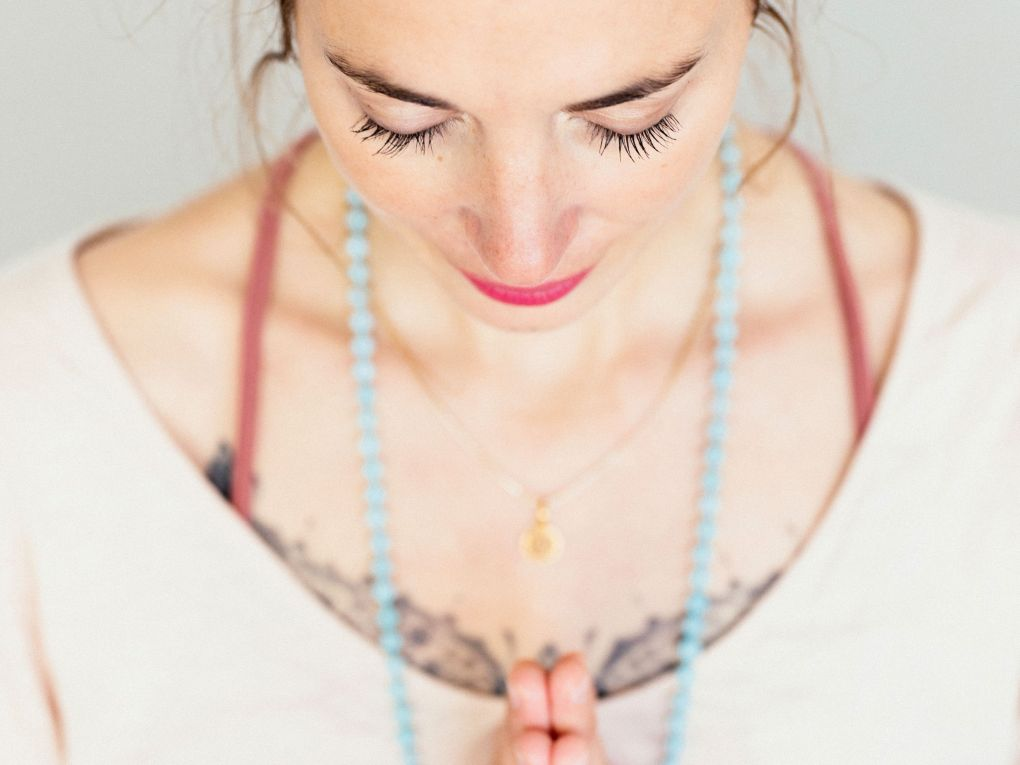 julia wunderlich ayurveda feminine empowerment tiger berlin